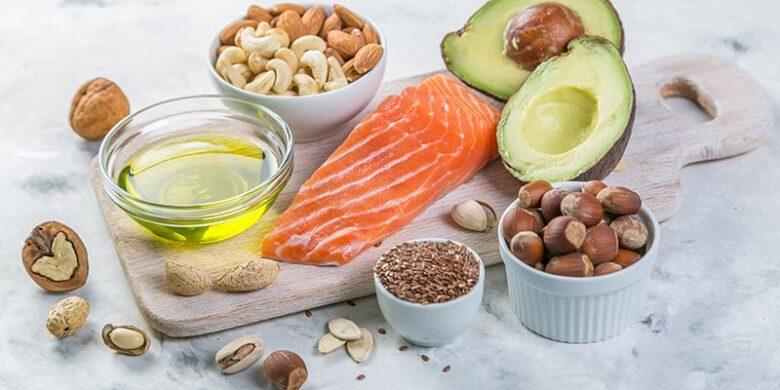 脂質を多く含む食品