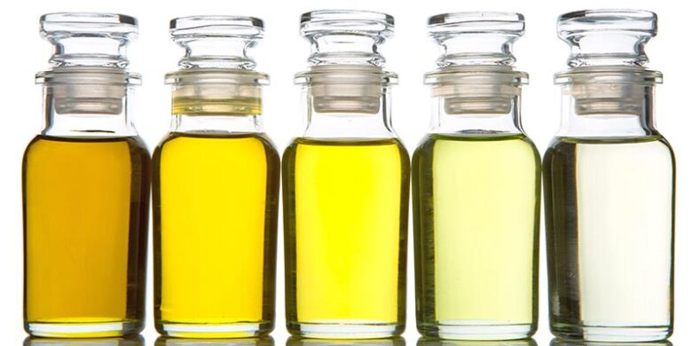 数種類の植物油