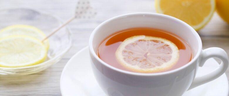 ビタミンCを含むレモンと紅茶のイメージ画像