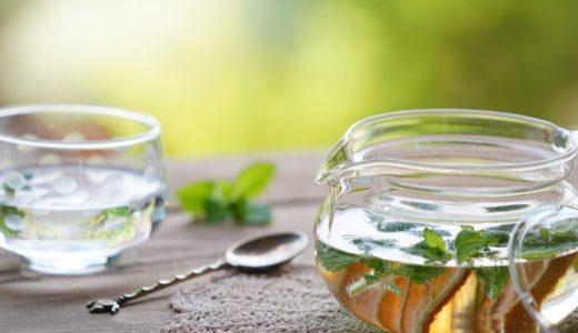 おかき・あられ・せんべいとハーブティーでリフレッシュと休息を|Herb tea & rice crackers